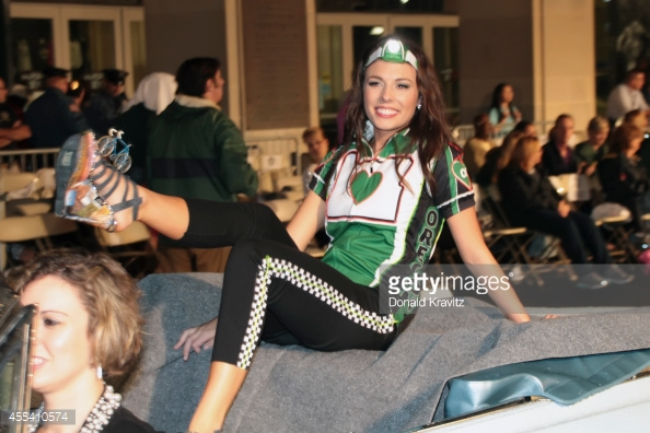 455410574-rebecca-anderson-miss-oregon-in-show-me-your-gettyimages