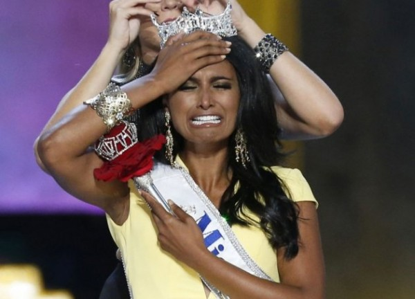 miss-america-contestant-miss-new-york-nina-davuluri-reacts-after-being-chosen-winner-2014-miss