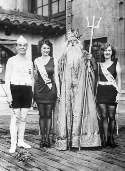 1922 --- Original caption: The Miss America contest of 1922 was won by Miss Mary Campbell, second from left. At far left is Armand T. Nichols, director of the Pageant. Margaret Gorman, previous winner, is at right. (Gorman was the first Miss America; Campbell won two consecutive years). --- Image by © Corbis